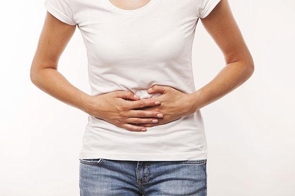 Dolor de estómago y vómito